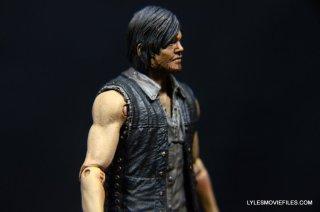 Daryl Dixon Walking Dead deluxe figure -right side closeup
