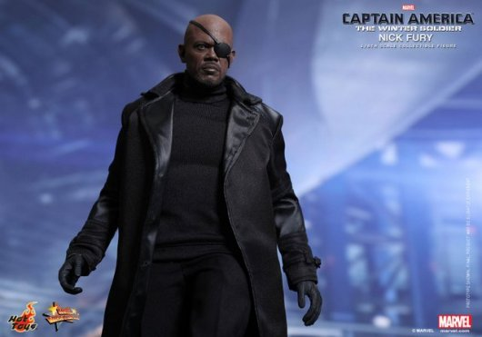 Hot Toys Captain America Winter Solider Nick Fury figure -wide shot