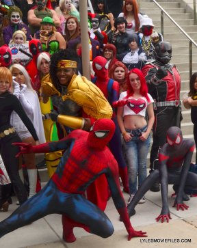 Baltimore Comic Con 2015 cosplay -Spider-Man and Mary Jane and cosplayers on steps
