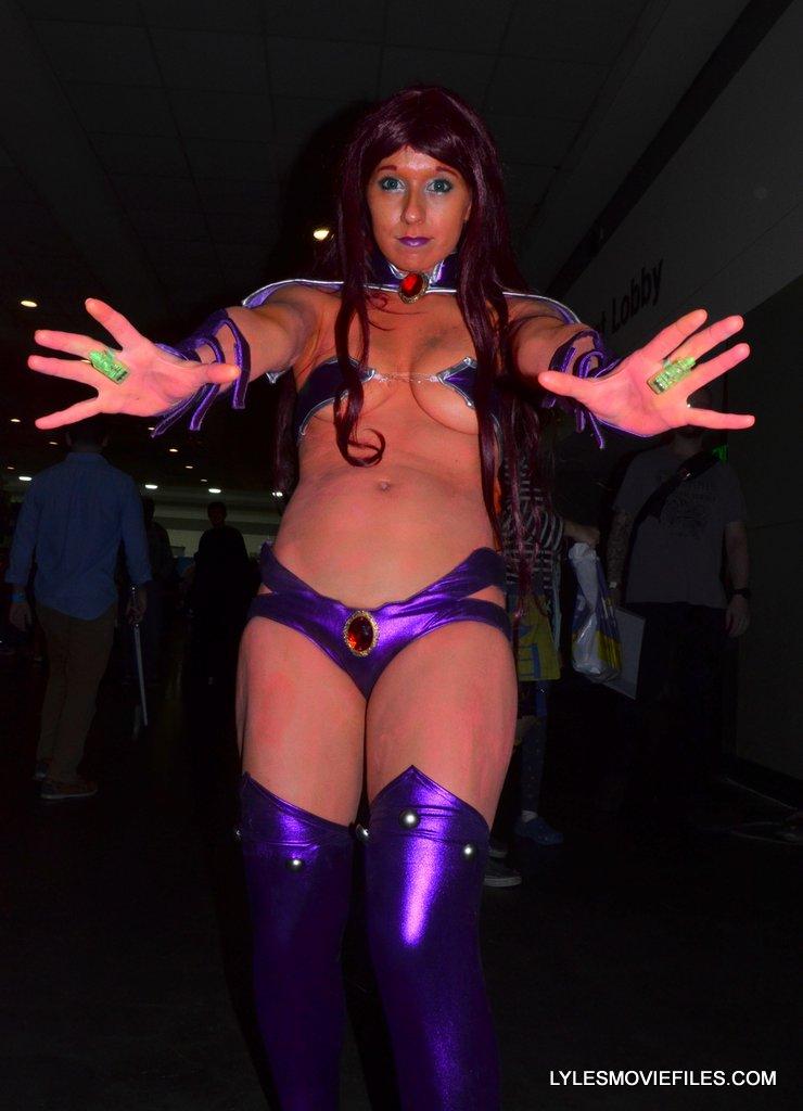 Baltimore Comic Con 2015 cosplay - Starfire