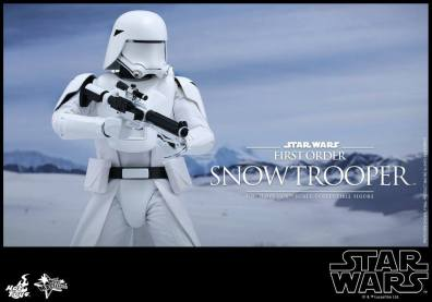 Hot Toys Star Wars Force Attacks - First Order Snowtrooper -wider shot