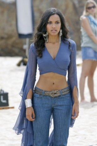 Jessica Lucas -blue outfit