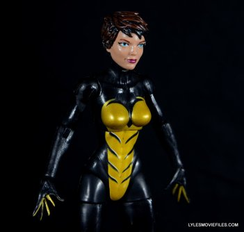 Wasp Marvel Legends figure review -close up right detail