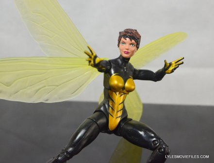 Wasp Marvel Legends figure review -ready for battle