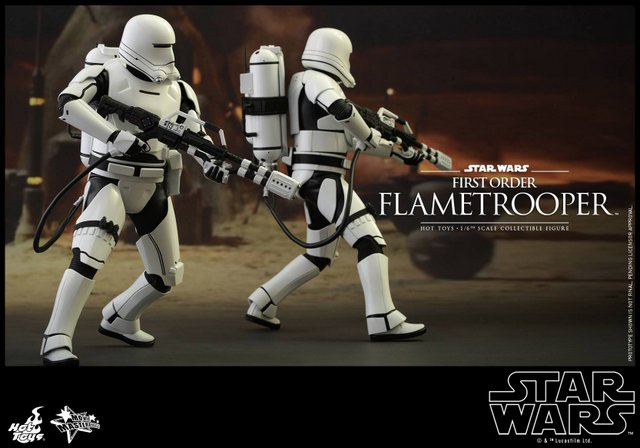 Hot Toys Star Wars Force Awakens First Order Flametrooper -heading out