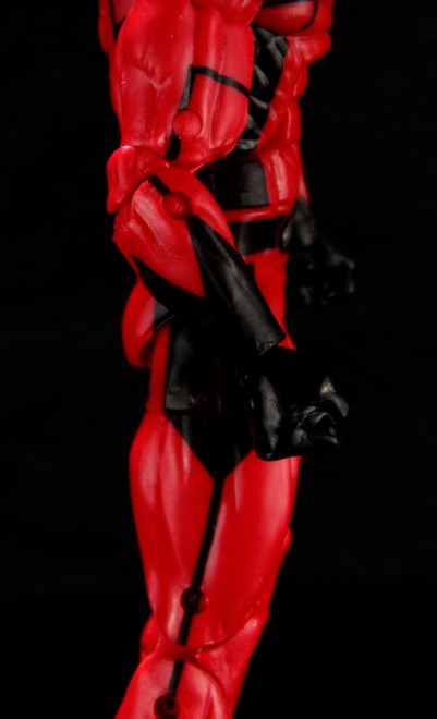 Marvel Legends Giant Man figure review -right side detail