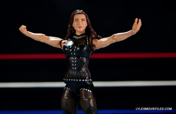Mattel WWE Elite 37 Stephanie McMahon -arms spread out