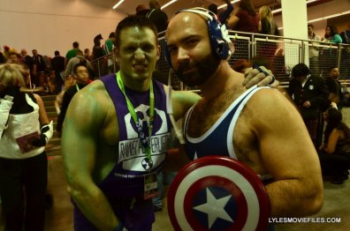 New York Comic Con 2015 cosplay -Banner and Captain America wrestling team