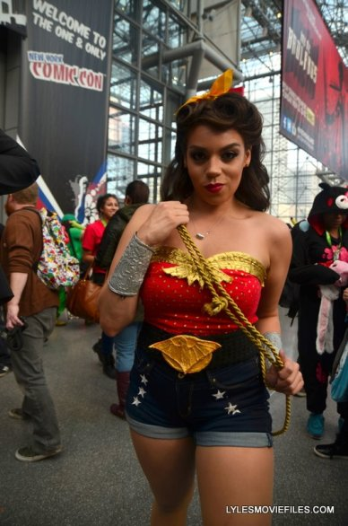 New York Comic Con 2015 cosplay - Wonder Woman old school
