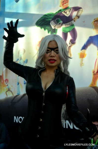 New York Comic Con cosplay - Black Cat claws up