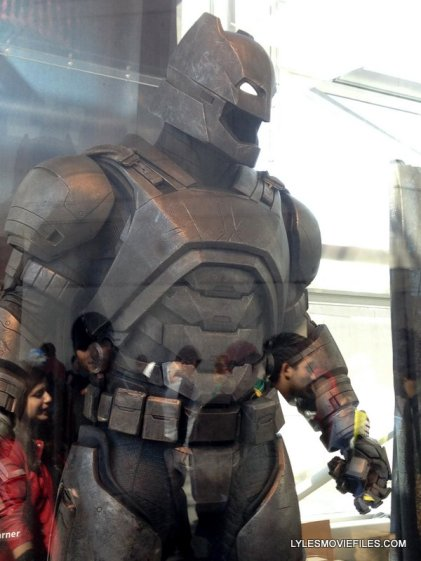 NYCC'15 -Batman suit from Batman v Superman
