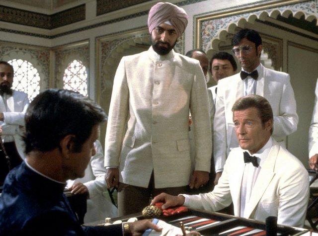 Octopussy -Kamal Khan and Bond