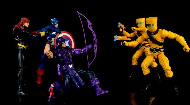 hawkeye-marvel-legends-figure-review -avengers fighting AIM