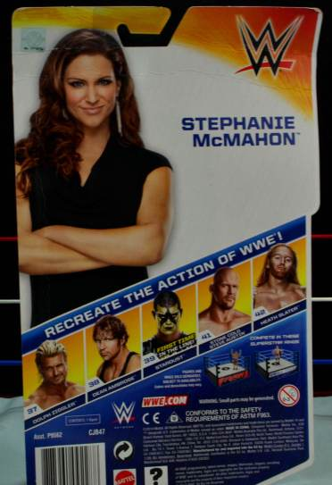 WWE Basic Stephanie McMahon - back package