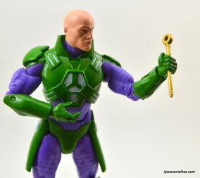 DC Collectibles Icons Lex Luthor review -holding staff