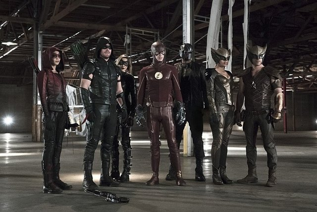 Arrow TV Reviews - arrow-league-of-yesterday-speedy-green-arrow-black-canary-hawkman-flash-hawkgirl-diggle
