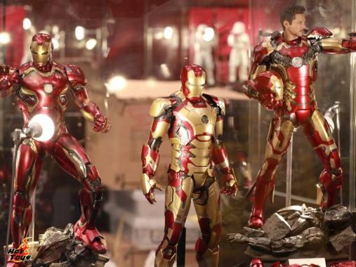 Captain America Civil War Iron Man figures Hot Toys