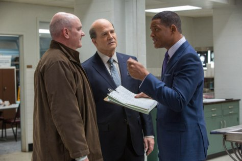 "L-r, Mike O'Malley, Albert Brooks and Will Smith star in Columbia Pictures' ""Concussion."""
