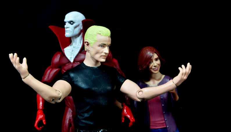 DC Icons Deadman figure review - leaving body