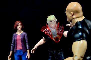 DC Icons Deadman figure review - possession save
