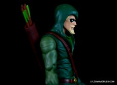 dc-icons-green-arrow-longbow-hunters-figure-review-right-side-close-up