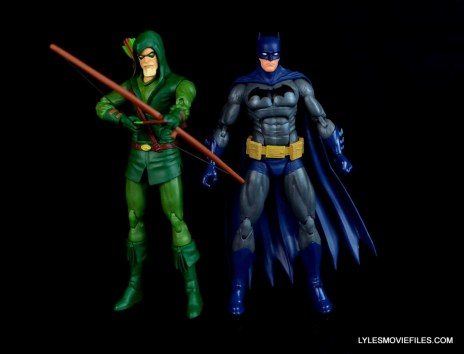 dc-icons-green-arrow-longbow-hunters-figure-review-with-batman