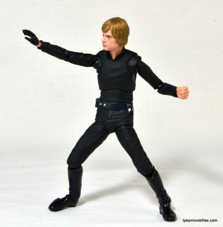 SH Figuarts Luke Skywalker figure review - Force gesture