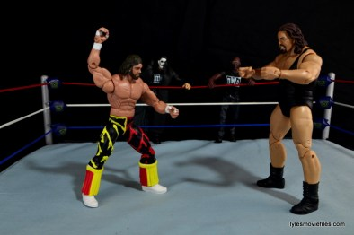 WWE Elite 38 Macho Man Randy Savage review -facing off with nWo