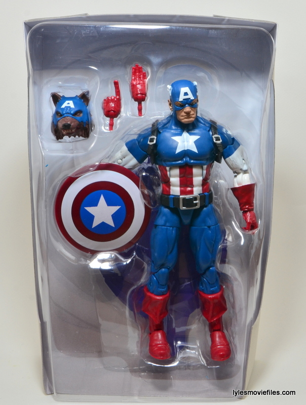 Marvel Legends Captain America review -inner tray