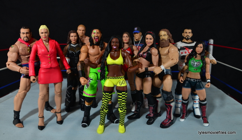 WWE Mattel Basic Naomi figure review -WWE power couples