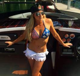 barbie-blank-usa-bikini
