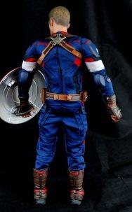 hot-toys-captain-america-age-of-ultron-figure-figure-rear