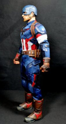 hot-toys-captain-america-age-of-ultron-figure-left-side