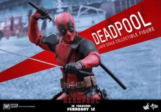 Hot Toys Deadpool figure - swords ready