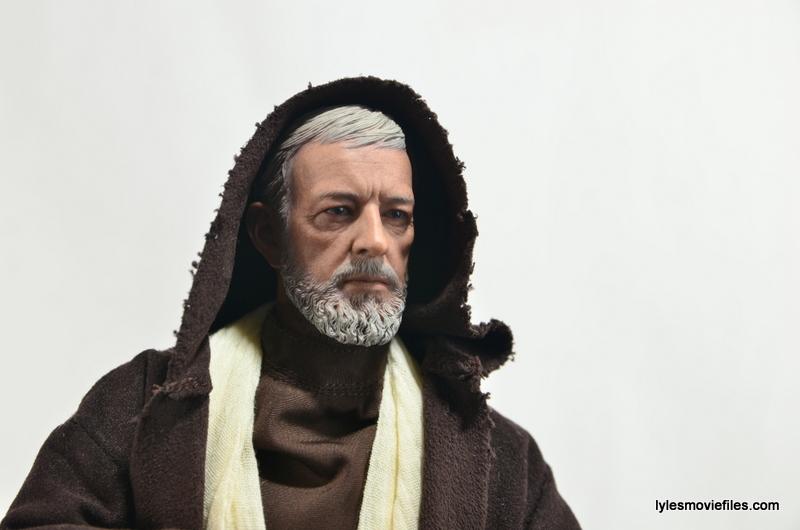 Hot Toys Obi-Wan Kenobi figure review -hood on