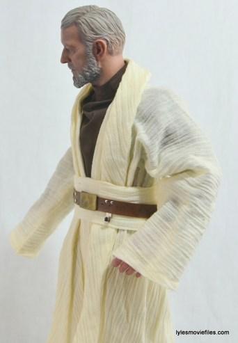 Hot Toys Obi-Wan Kenobi figure review -left side tunic