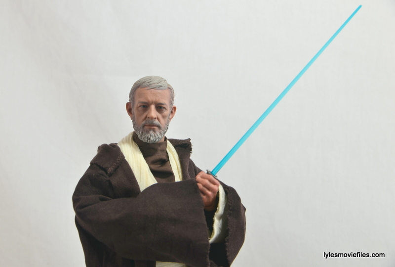 Hot Toys Obi-Wan Kenobi figure review - lightsaber up