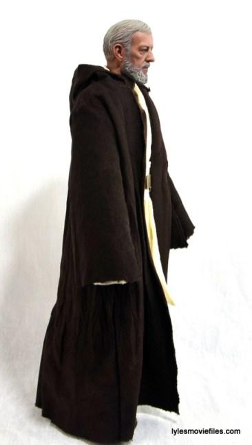 Hot Toys Obi-Wan Kenobi figure review -right robe side
