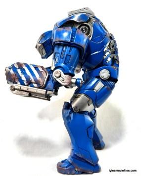 Iron Man 3 Igor Comicave Studios figure review - left side