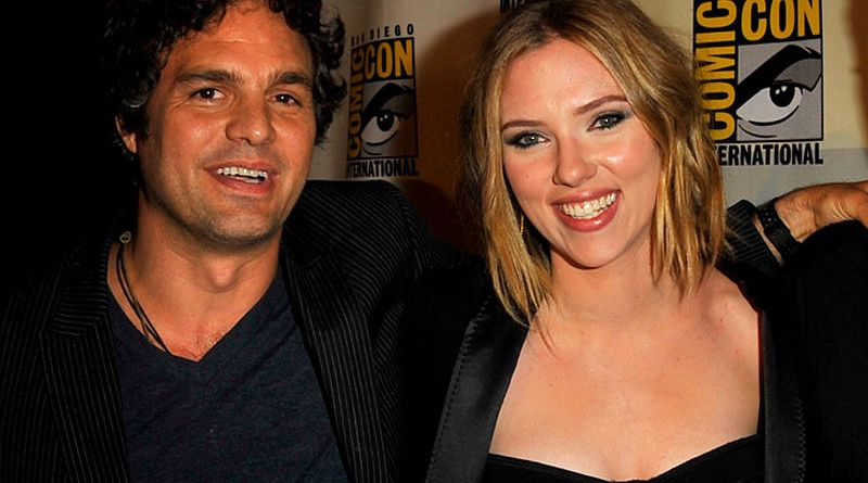 mark-ruffalo-and-scarlett-johansson