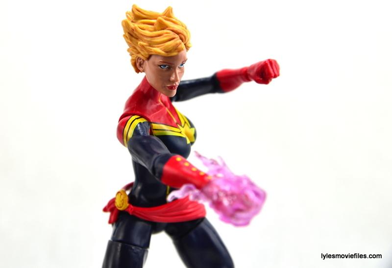Marvel Legends Captain Marvel figure review - aiming power blast