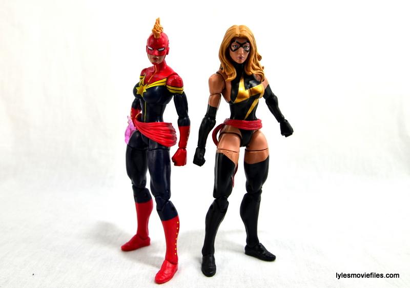 Marvel Legends Captain Marvel figure review - with Ms. Marvel