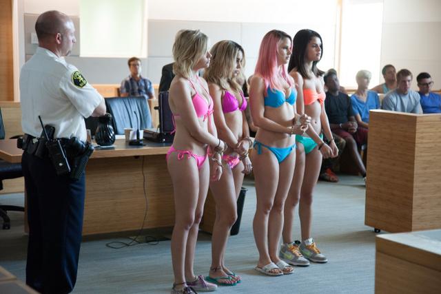 spring-breakers-ashley-benson-rachel-korine-vanessa-hudgens-and-selena-gomez-in-bikinis-on-trial