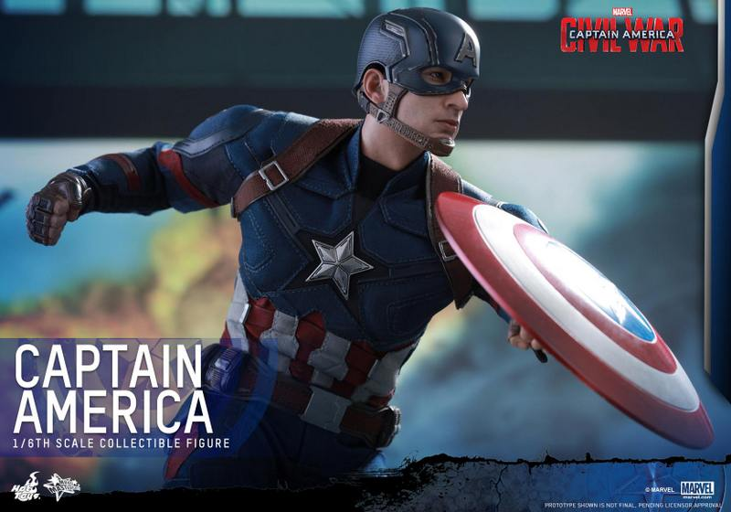 Hot Toys Captain America Civil War Captain America figure -running close up