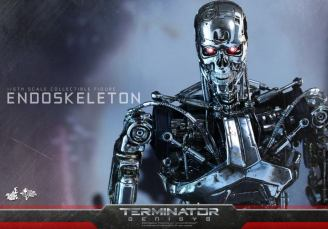 Hot Toys Terminator Genisys endoskeleton -closeup
