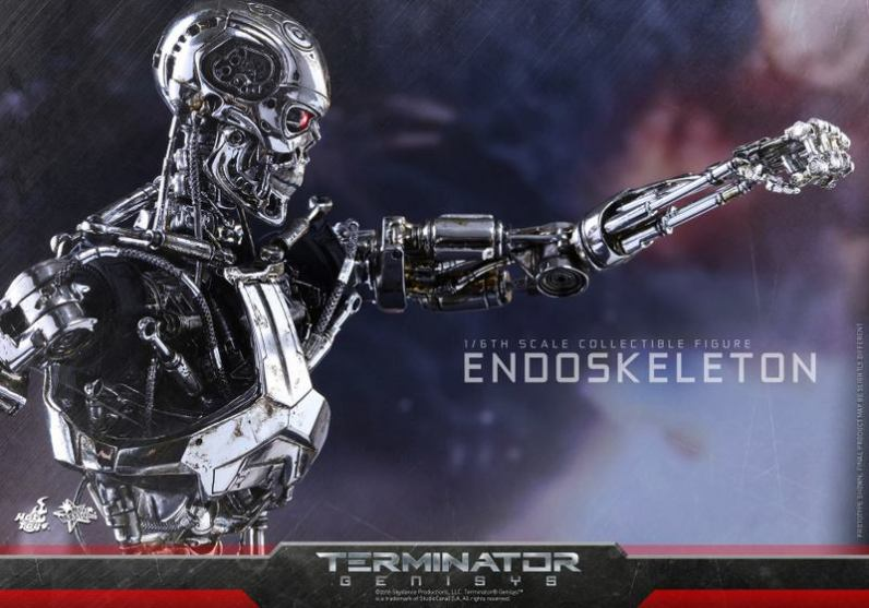 Hot Toys Terminator Genisys endoskeleton -punching