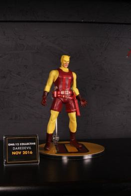 Mezco Toys pre-Toy Fair - Daredevil original outfit