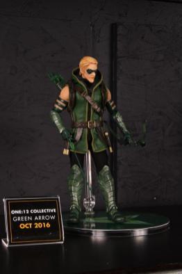 Mezco Toys pre-Toy Fair - Green Arrow