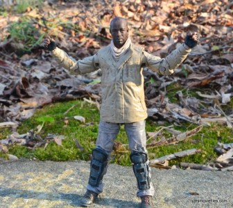 The Walking Dead Morgan Jones McFarlane Toys figure review -articulation