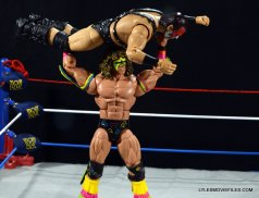 Ultimate Warrior Hall of Fame figure -gorilla slam Ax